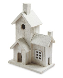 17-11-16-white-christmas-wooden-house-a