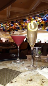 4-7-16 las vegas top money saving tips cocktails in bellagio