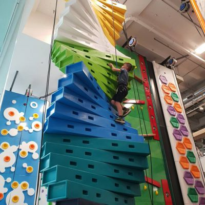 Review of Rock Up Watford – A climbing wall activity park
