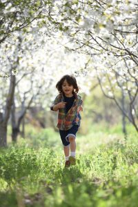 The Benefits of Outdoor Walks for Young Children